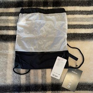 RARE Lululemon Seawheeze Go Lightly Cinch Bag